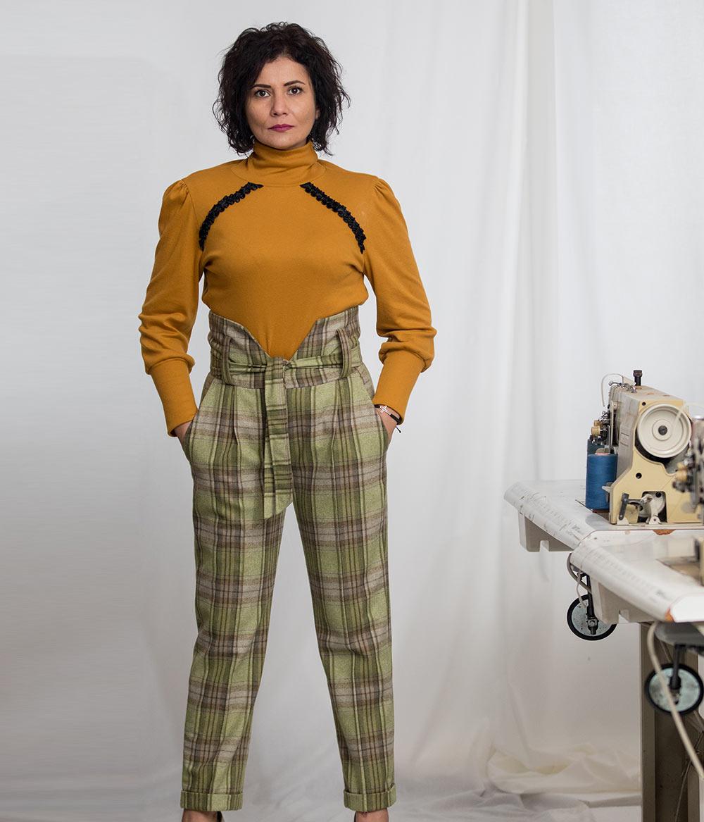 Pantaloni-dama-cu-talie-inalta-din-stofa-de-lana-in-carouri-2-Lewo.ro_-fb957dcf